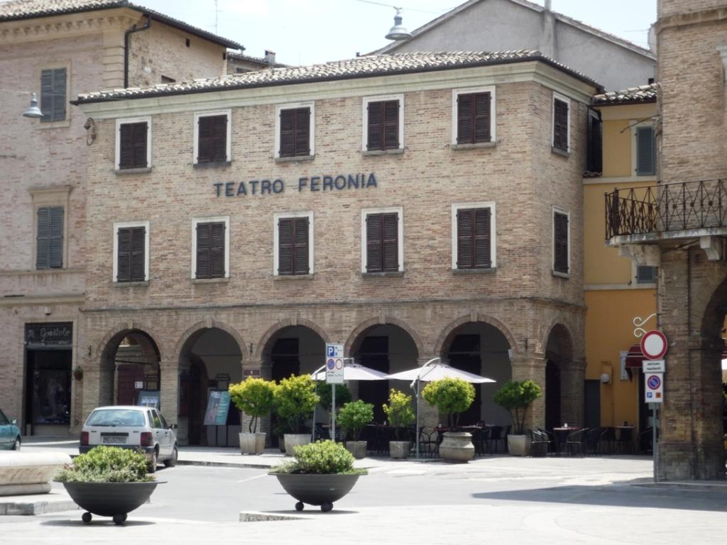teatro-Feronia.jpg